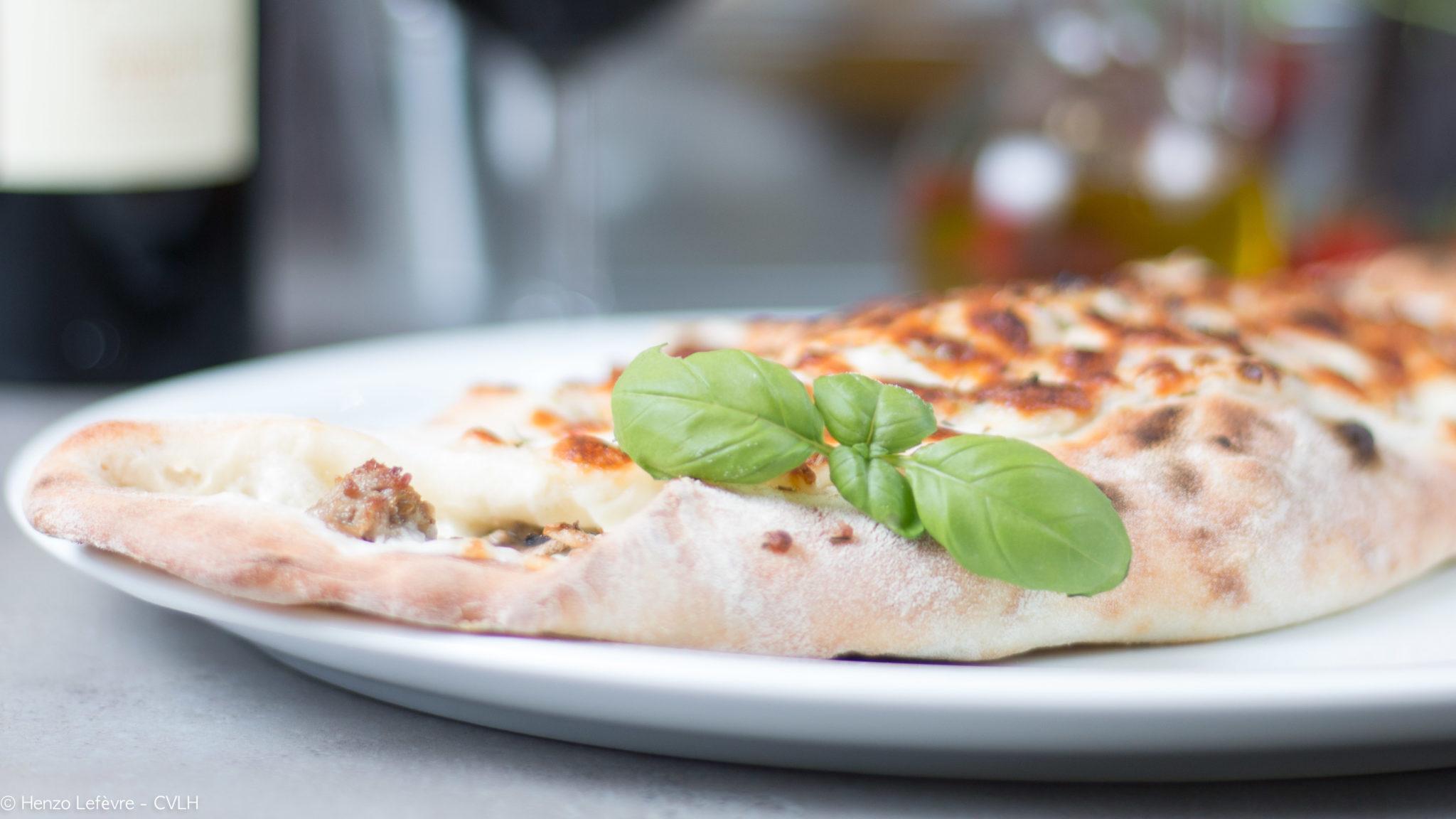 Menu – carte des pizzas, desserts et boissons